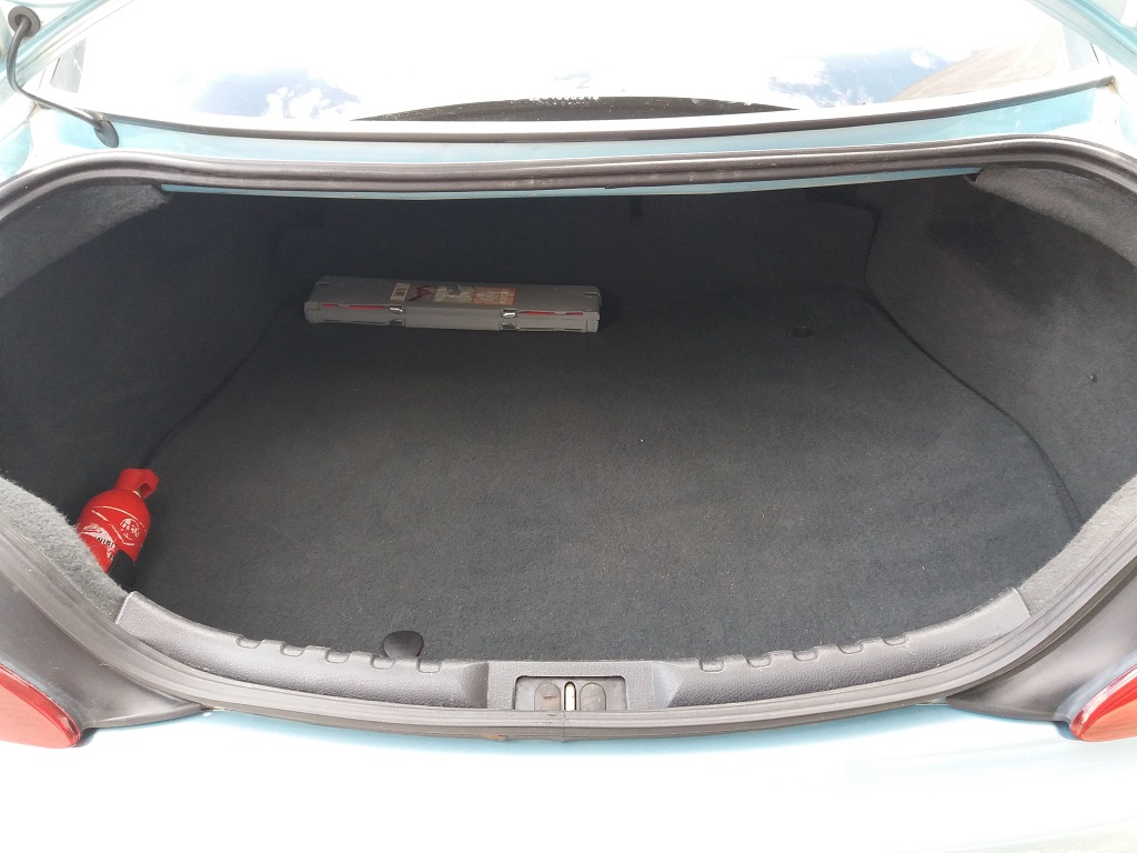 Peugeot 406 Coupé 2.2 16v HDi FAP (35)