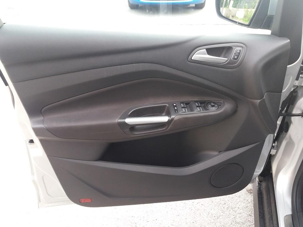 Ford C-Max 1.5 TDCi 120 cv Start&Stop Titanium (18)
