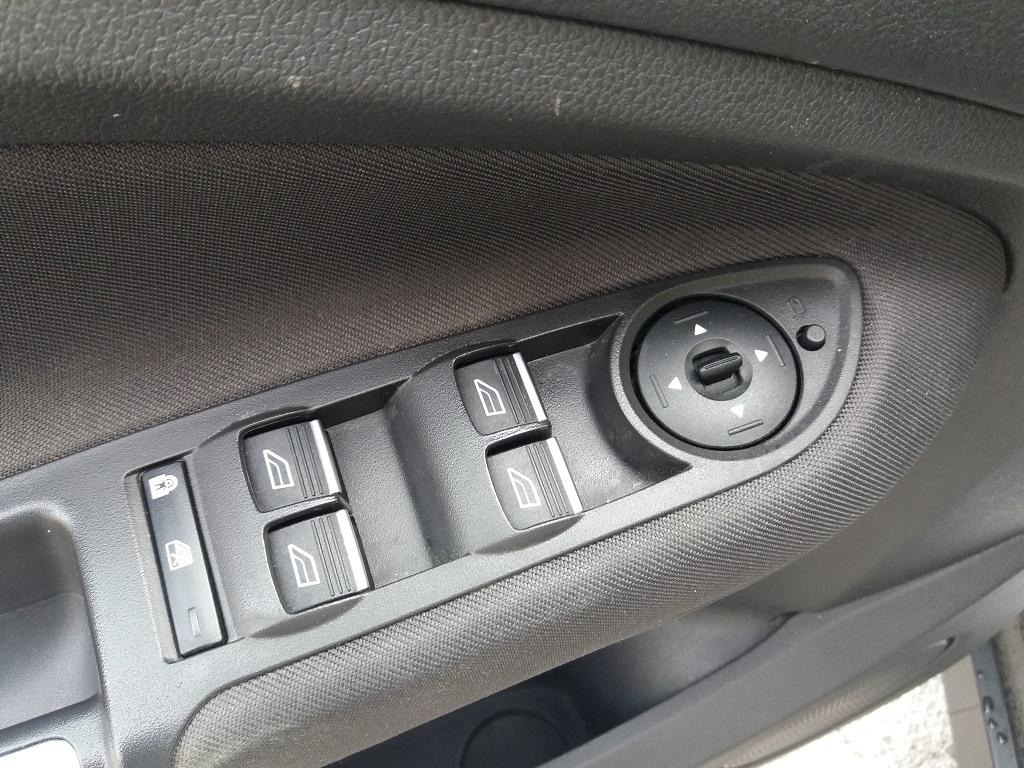 Ford C-Max 1.5 TDCi 120 cv Start&Stop Titanium (21)