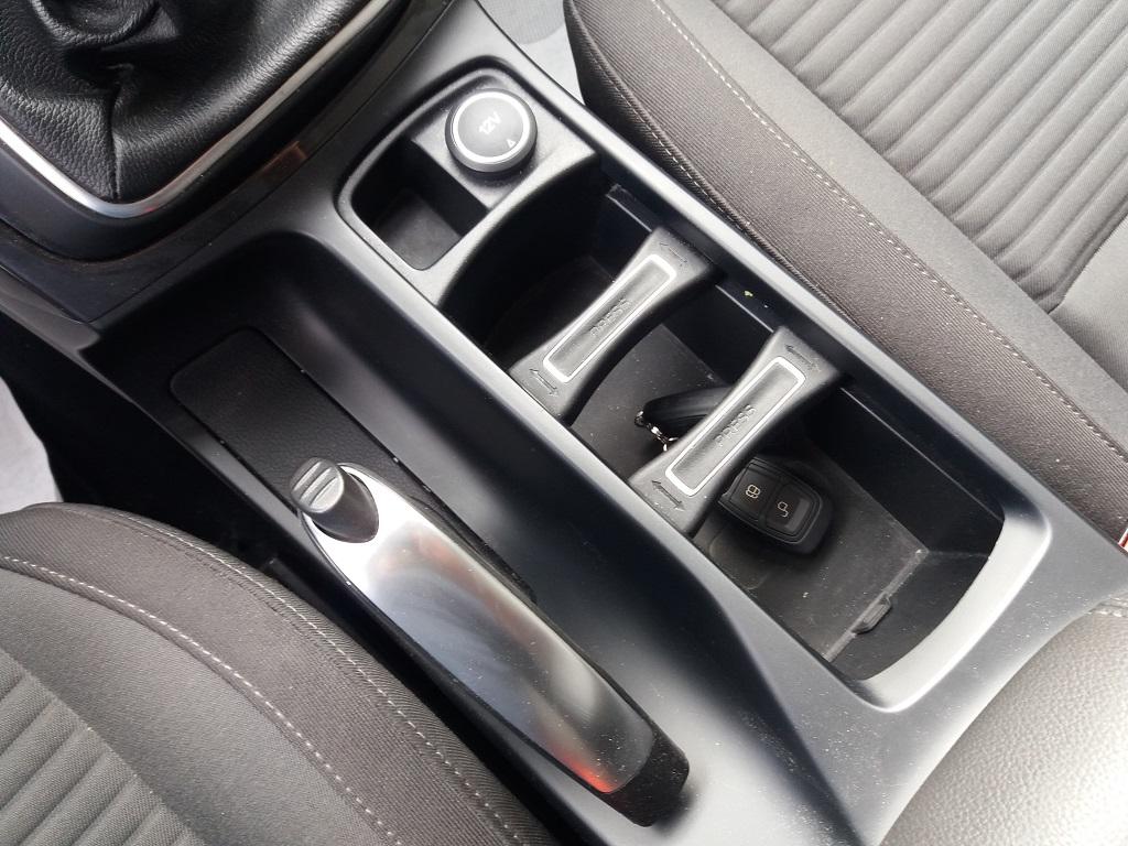 Ford C-Max 1.5 TDCi 120 cv Start&Stop Titanium (27)