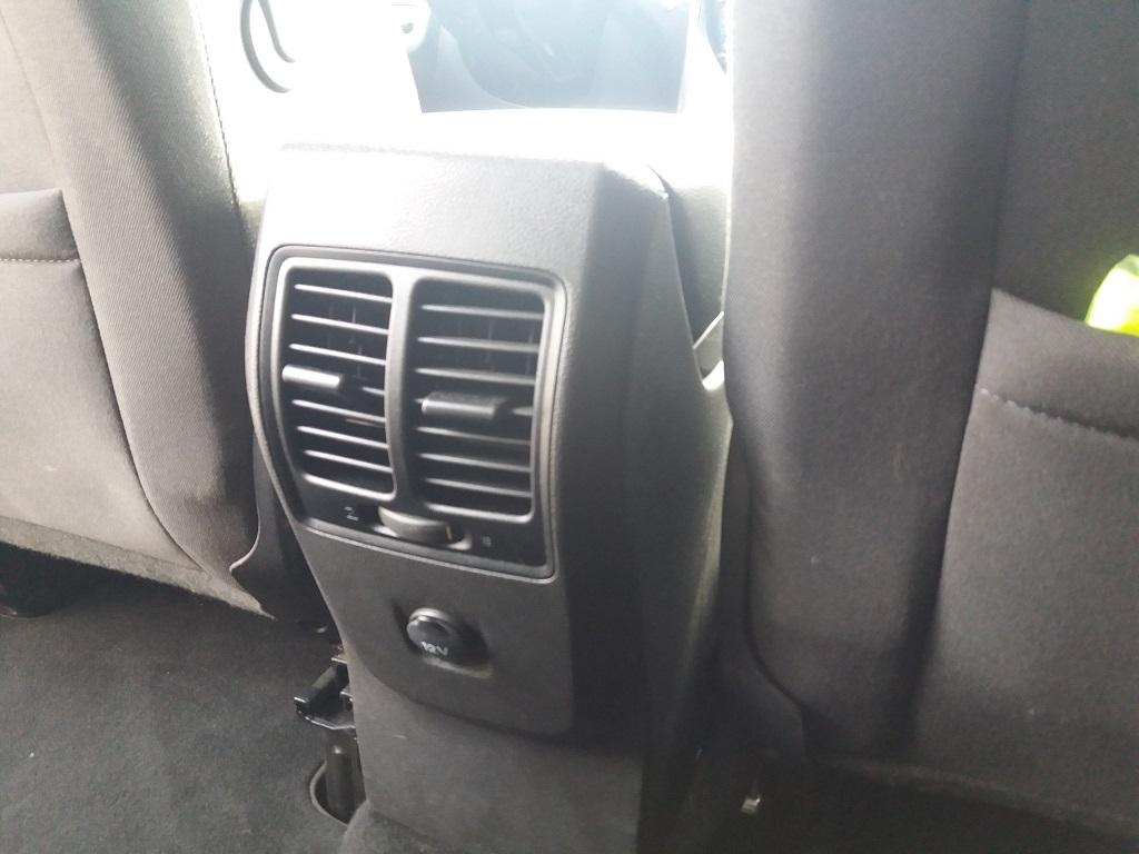 Ford C-Max 1.5 TDCi 120 cv Start&Stop Titanium (50)