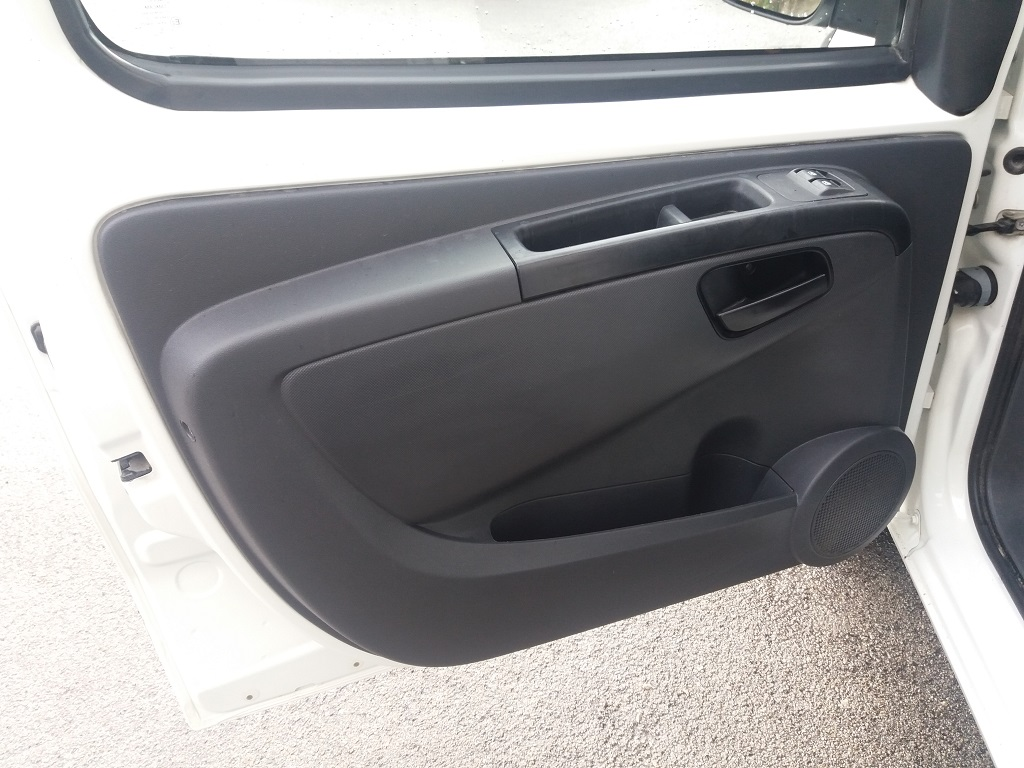 Peugeot Bipper 1.4 HDi 70 cv Furgone Coibentato (13)