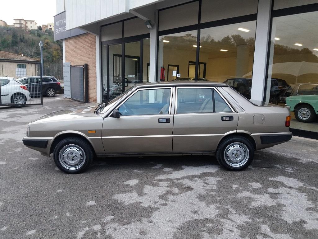Lancia Prisma 1600 (2)