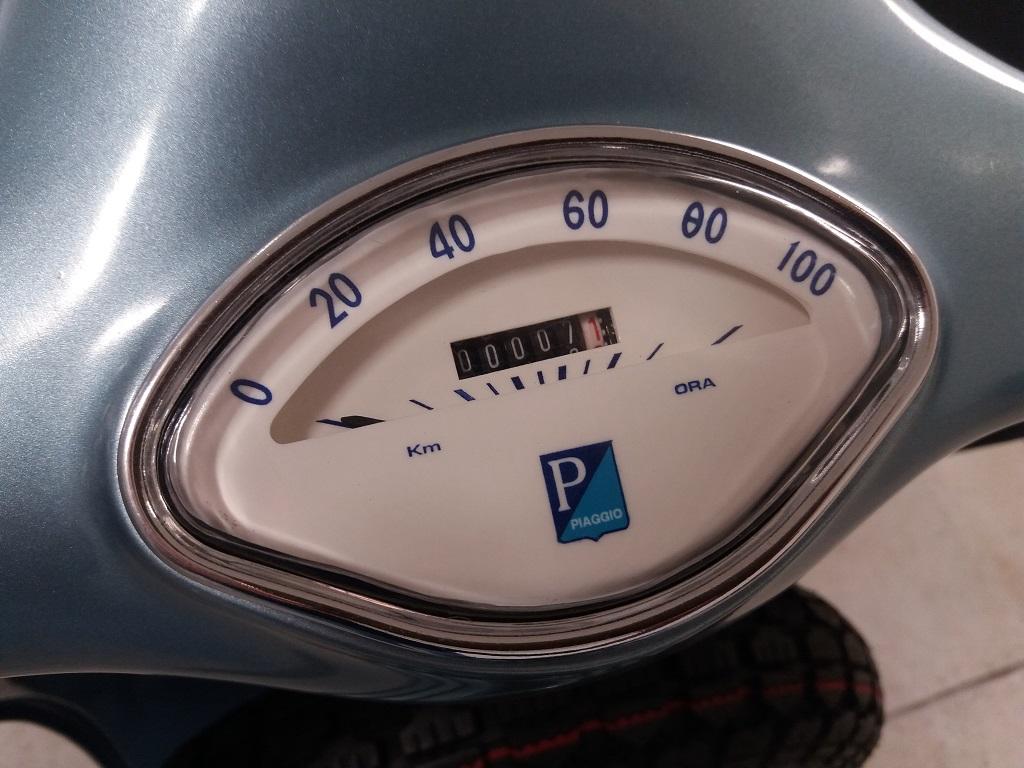 Piaggio Vespa 150 (VBA1T) (12)