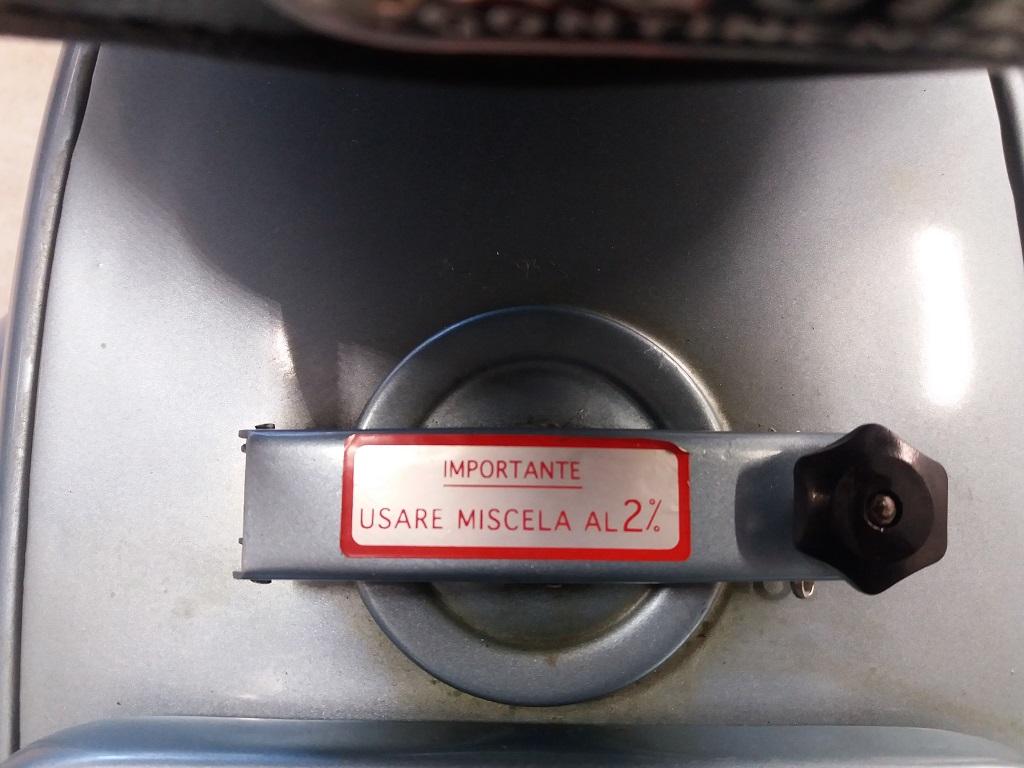 Piaggio Vespa 150 (VBA1T) (19)