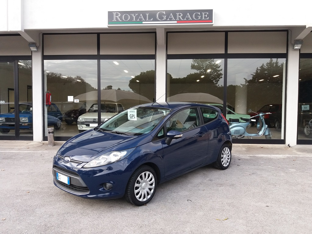 Ford Fiesta Plus 1.4 3p GPL (1)