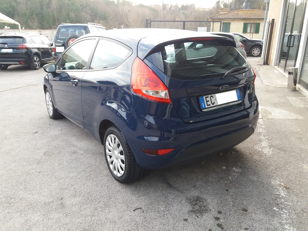 Ford Fiesta Plus 1.4 3p GPL (3)
