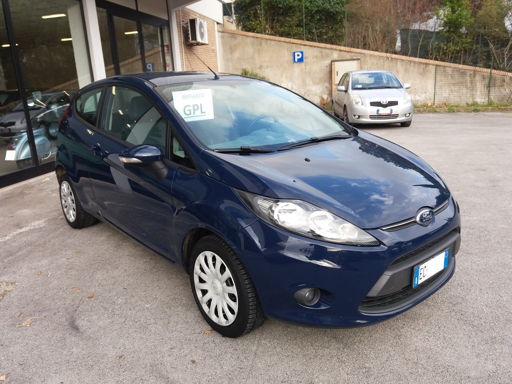 Ford Fiesta Plus 1.4 3p GPL (7)