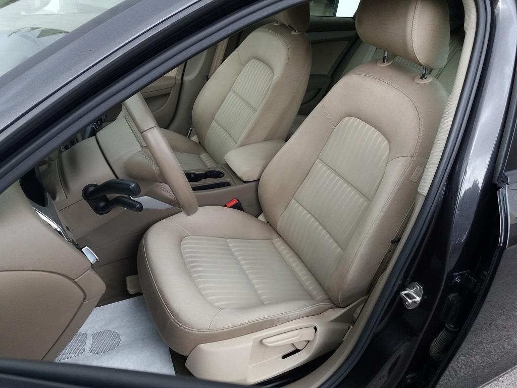 Audi A4 Avant 2.0 TDI 143 cv FAP Multitronic (11)