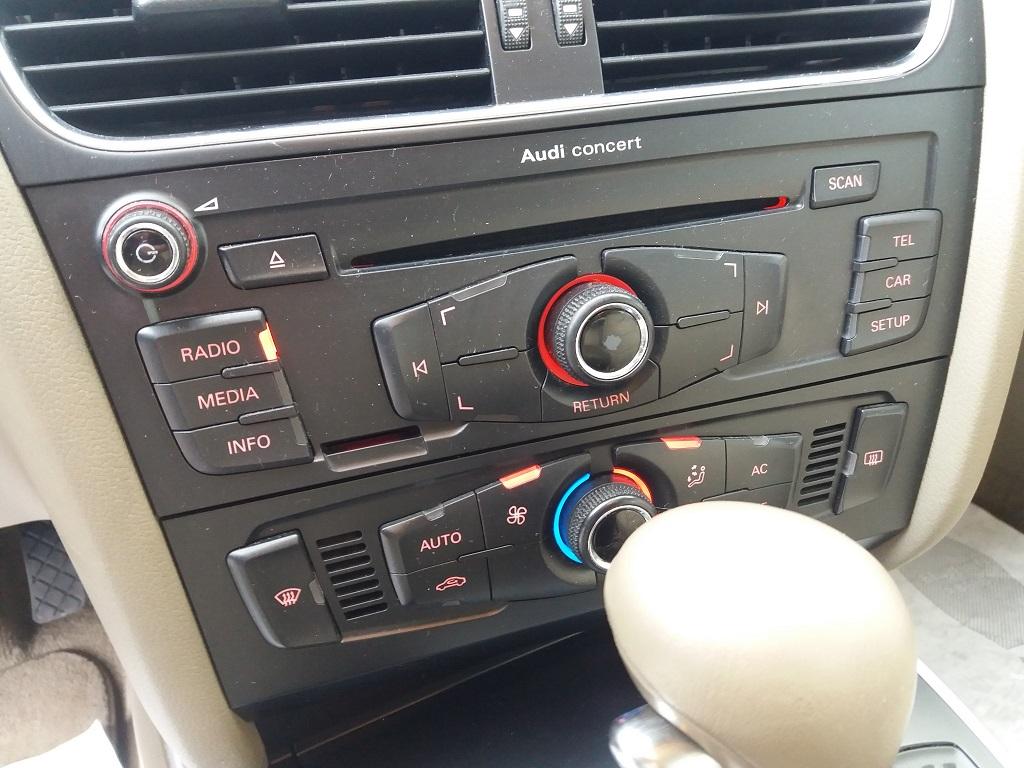 Audi A4 Avant 2.0 TDI 143 cv FAP Multitronic (31)