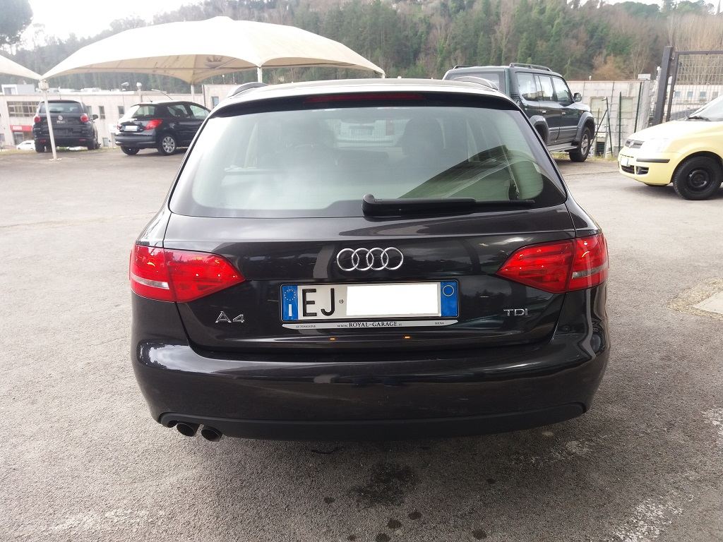 Audi A4 Avant 2.0 TDI 143 cv FAP Multitronic (4)