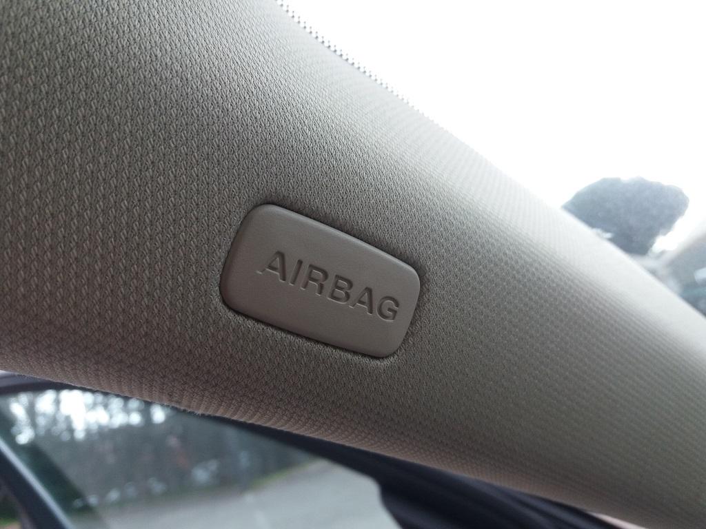 Audi A4 Avant 2.0 TDI 143 cv FAP Multitronic (49)