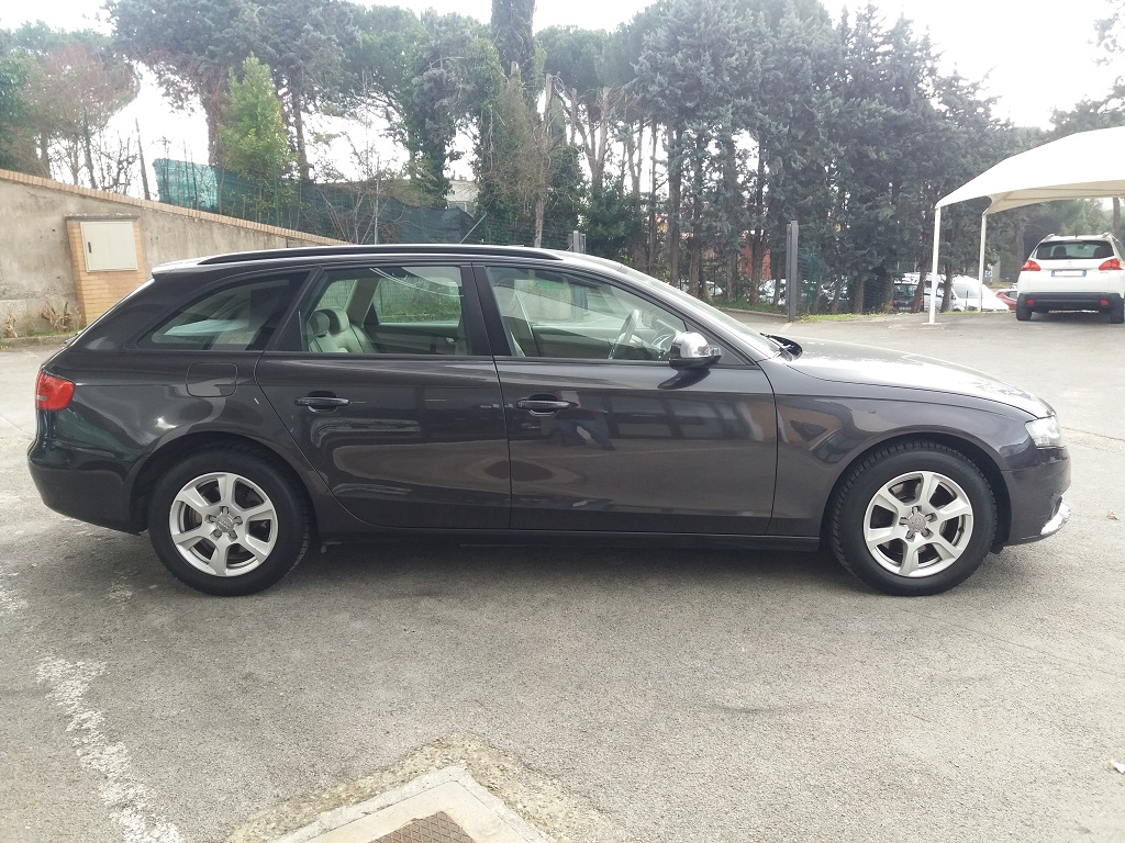 Audi A4 Avant 2.0 TDI 143 cv FAP Multitronic (6)