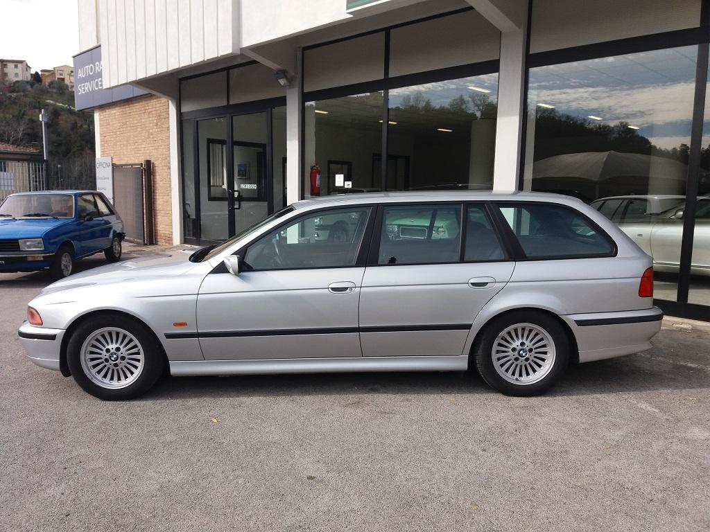 BMW 530d 24v Touring Attiva (E39) (2)