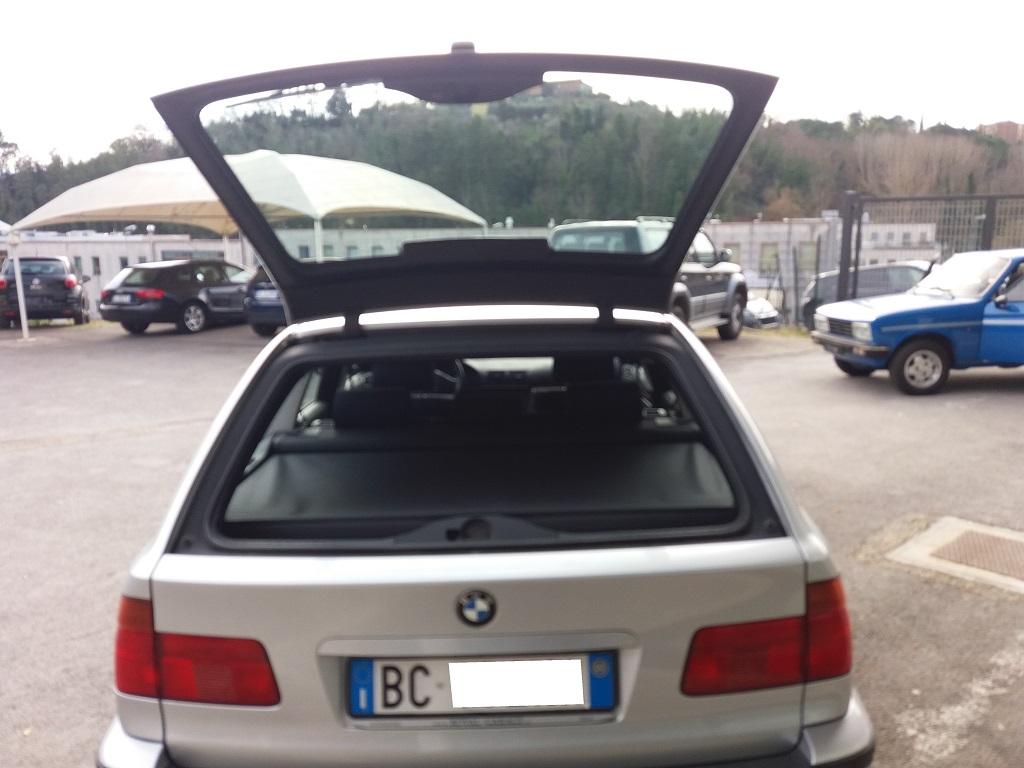 BMW 530d 24v Touring Attiva (E39) (53)