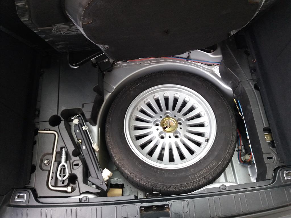 BMW 530d 24v Touring Attiva (E39) (56)