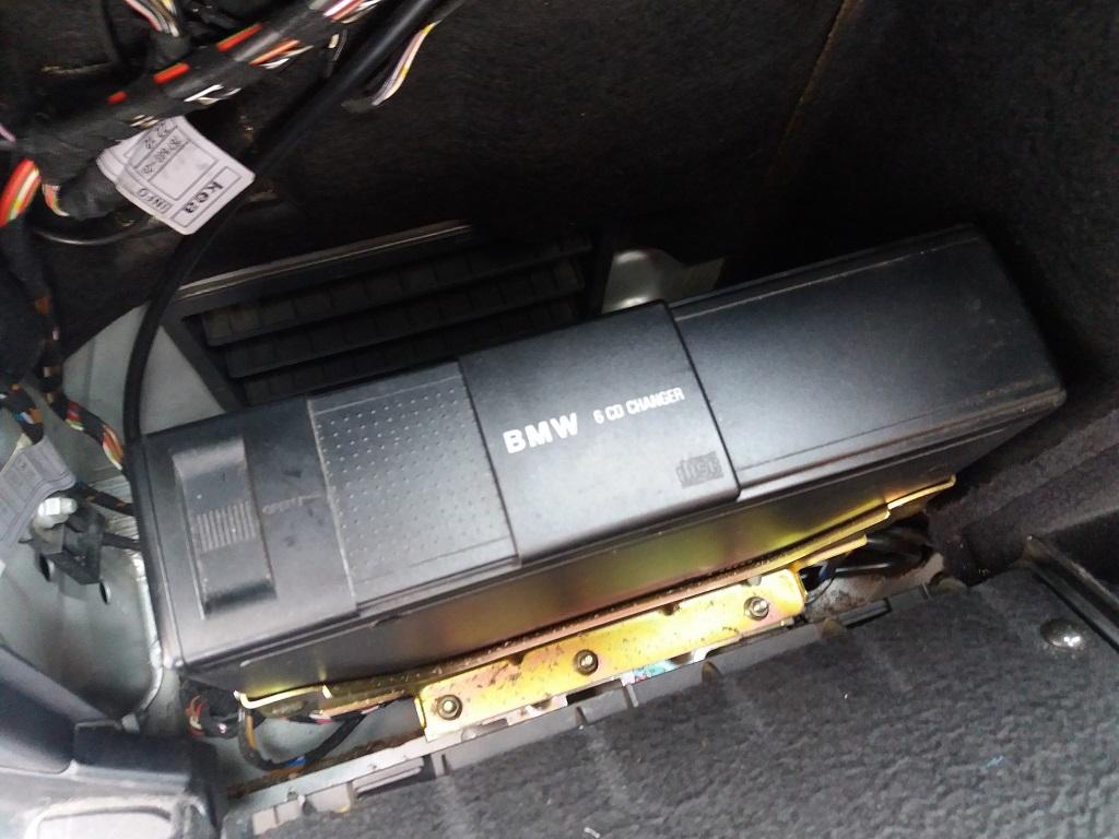 BMW 530d 24v Touring Attiva (E39) (57)