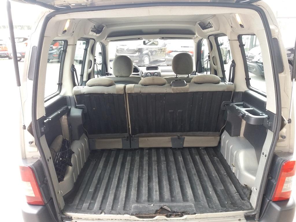 Citroen Berlingo 1.6 HDi 90 cv XTR (16)