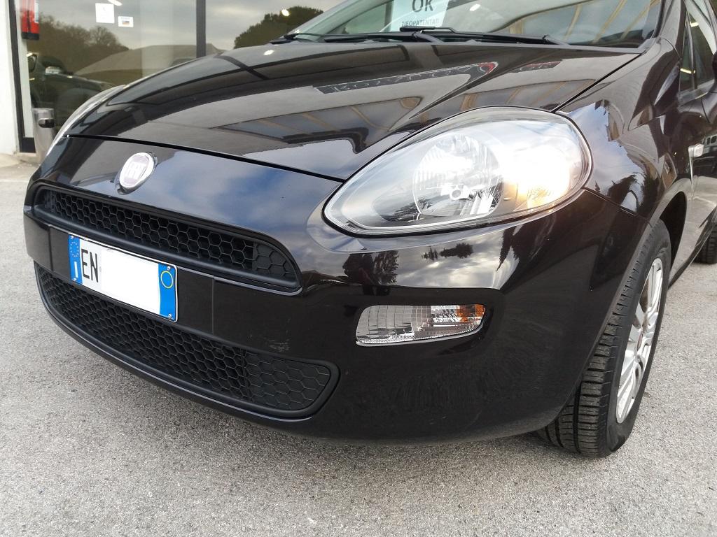 Fiat Punto 1.3 MJT II 75 cv 5p Easy (30)