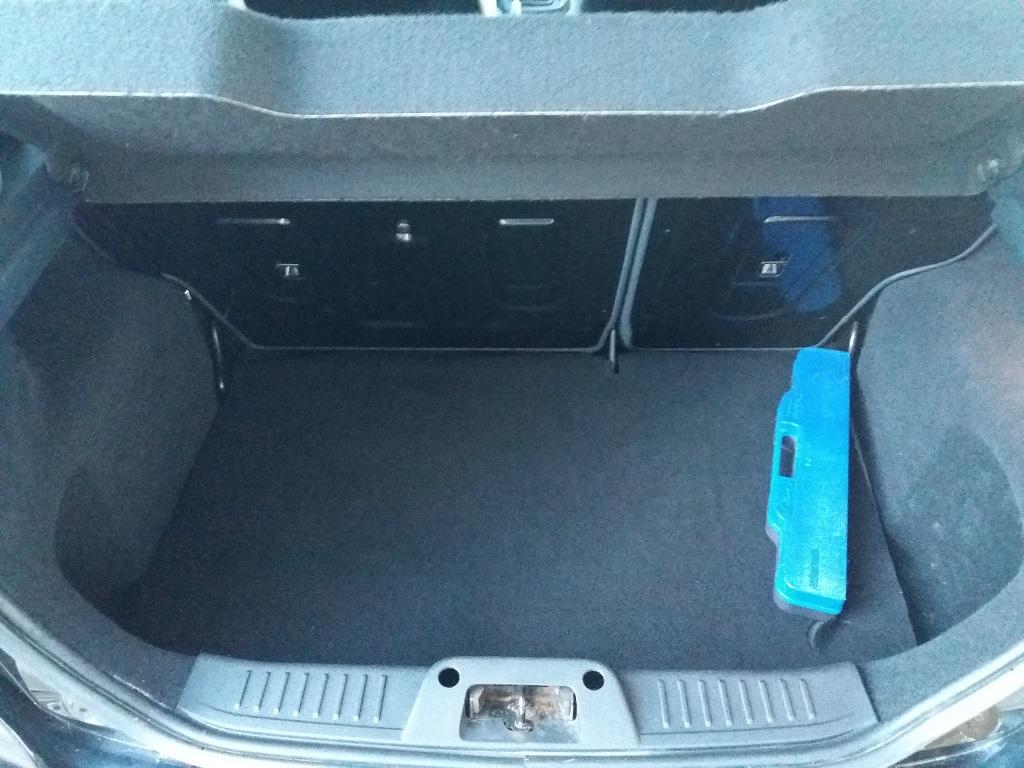 Ford Fiesta Titanium 1.4 5p GPL (14)