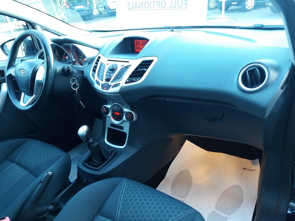 Ford Fiesta Titanium 1.4 5p GPL (15)