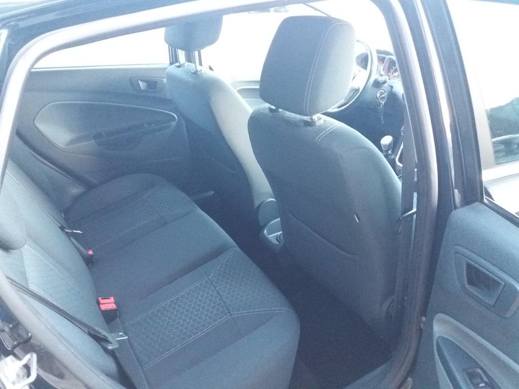 Ford Fiesta Titanium 1.4 5p GPL (16)
