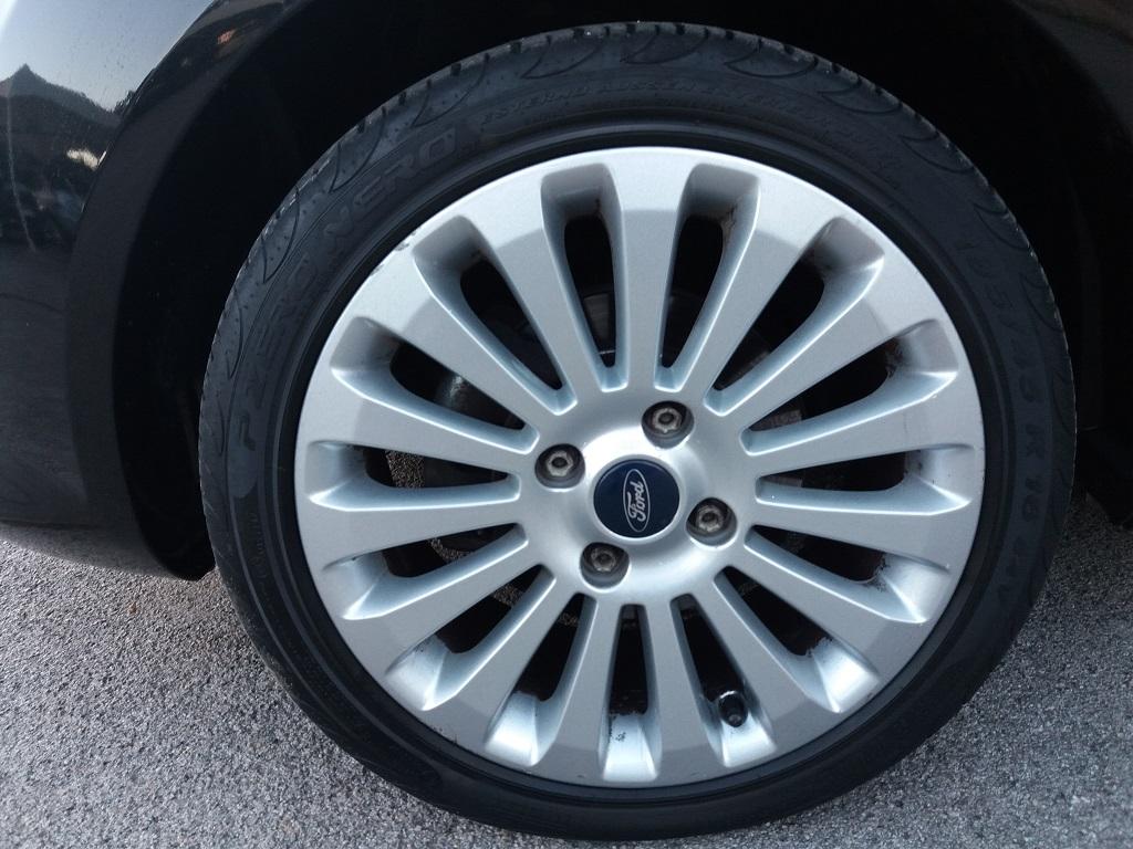 Ford Fiesta Titanium 1.4 5p GPL (36)