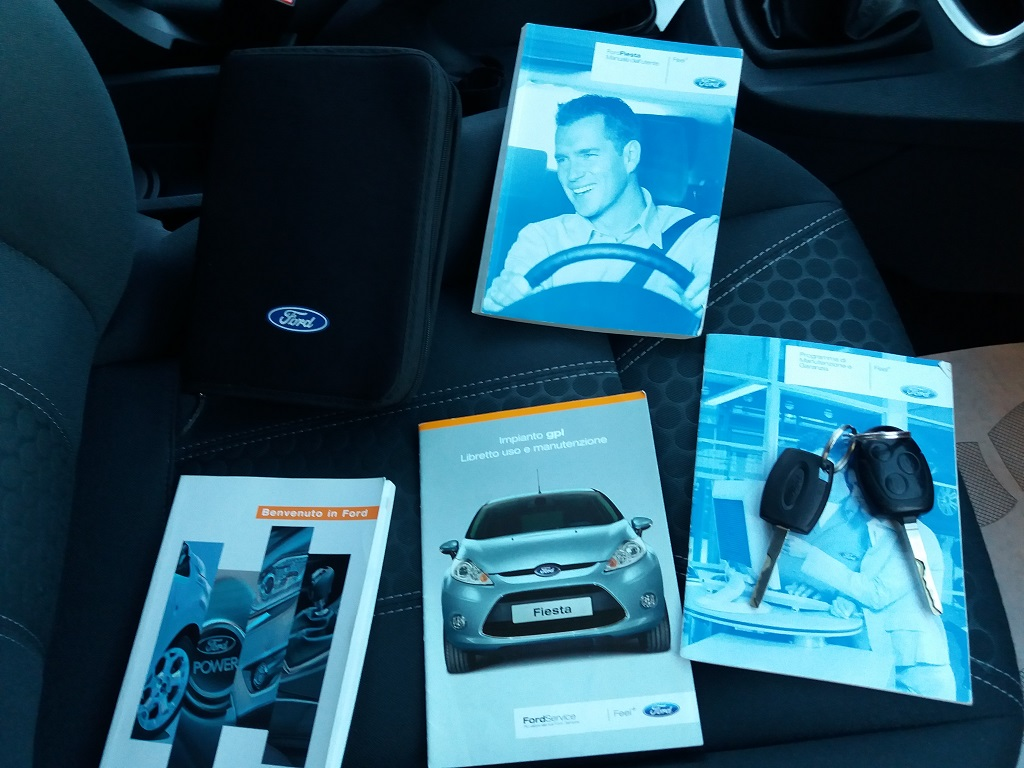 Ford Fiesta Titanium 1.4 5p GPL (39)