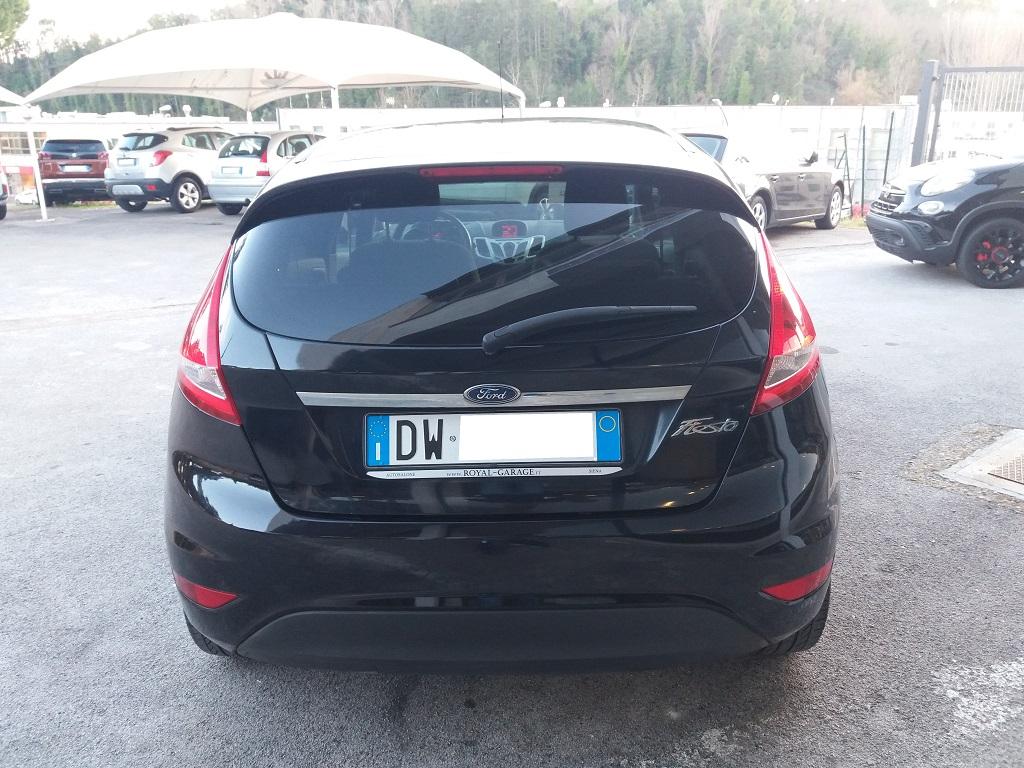 Ford Fiesta Titanium 1.4 5p GPL (8)