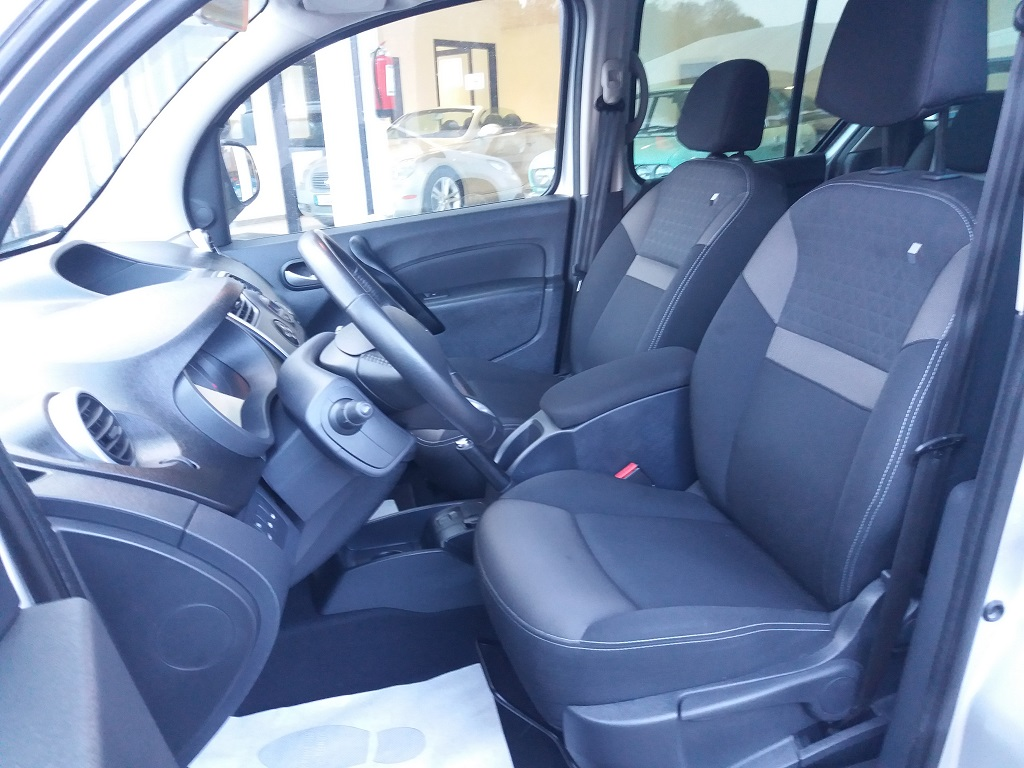Renault Kangoo 1,5 dCi 90 cv S&S Limited (11)