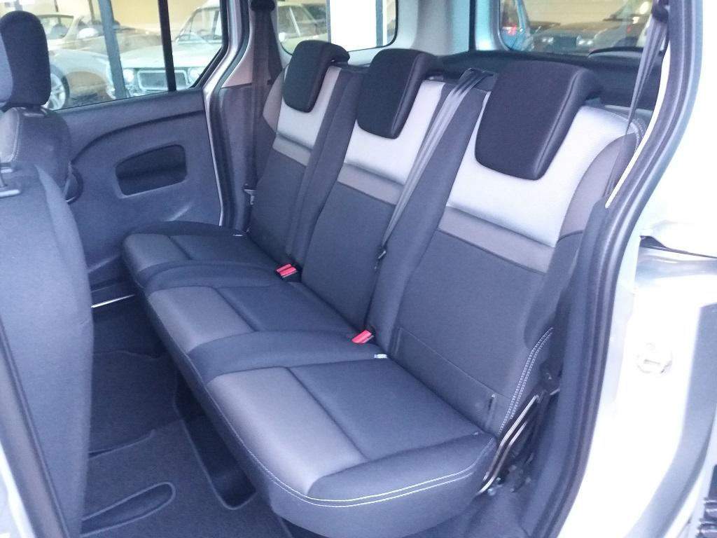 Renault Kangoo 1,5 dCi 90 cv S&S Limited (12)