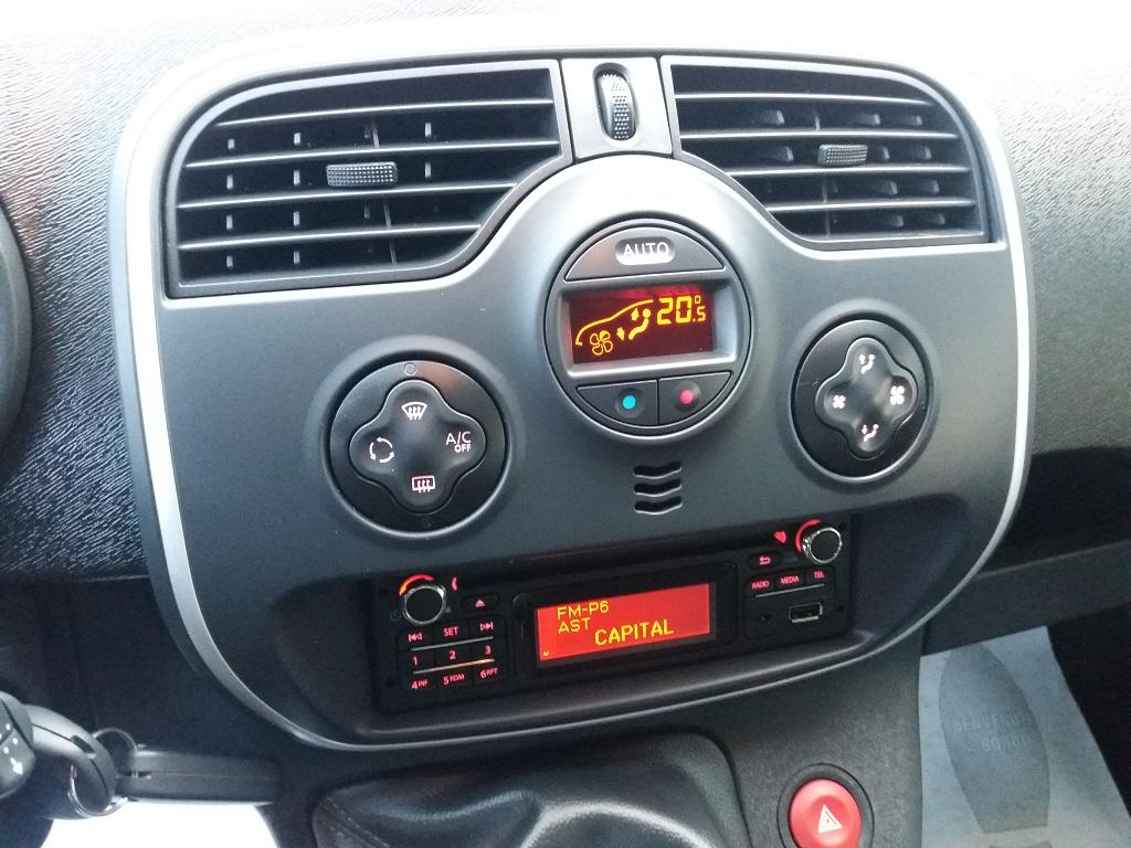 Renault Kangoo 1,5 dCi 90 cv S&S Limited (19)