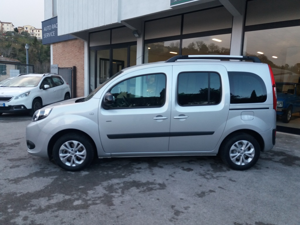 Renault Kangoo 1,5 dCi 90 cv S&S Limited (2)