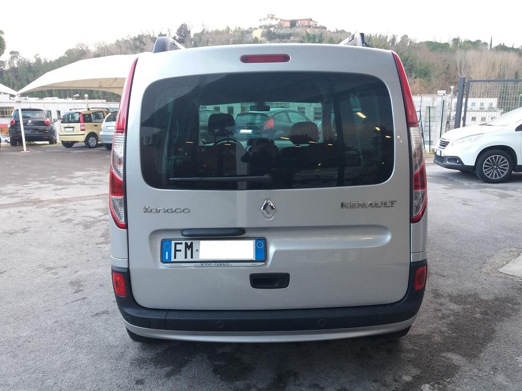 Renault Kangoo 1,5 dCi 90 cv S&S Limited (4)