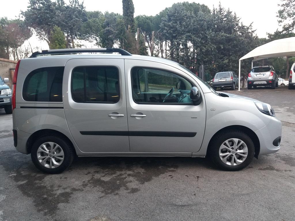 Renault Kangoo 1,5 dCi 90 cv S&S Limited (6)