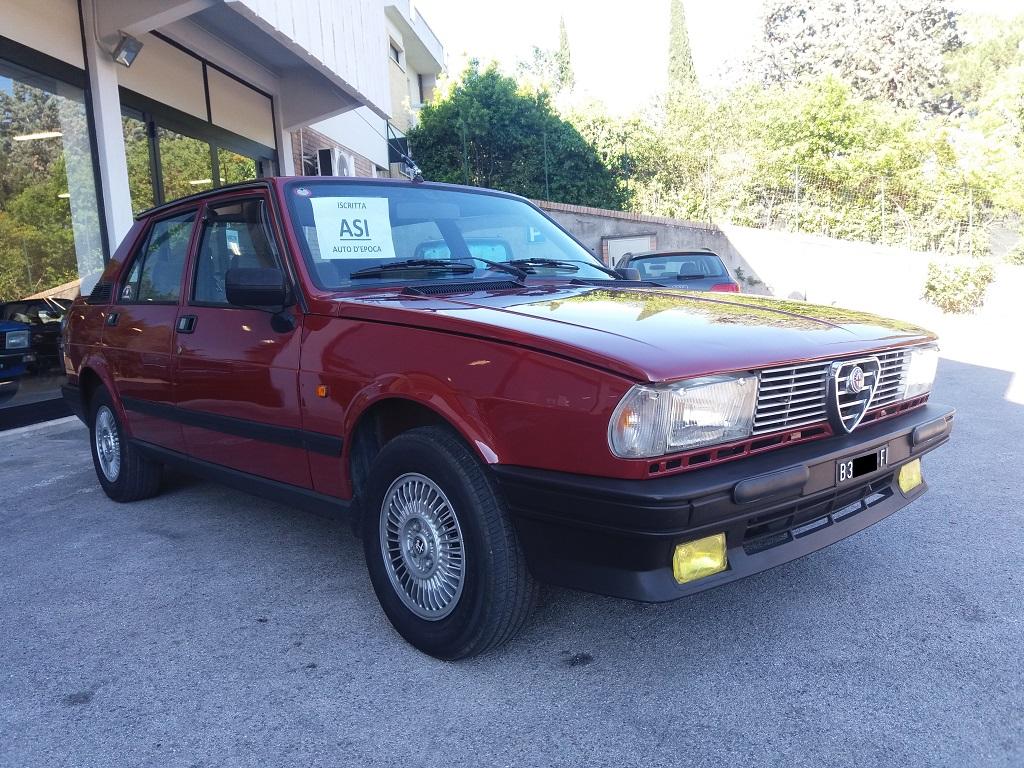 Alfa Romeo Giulietta 1.6 L (4)