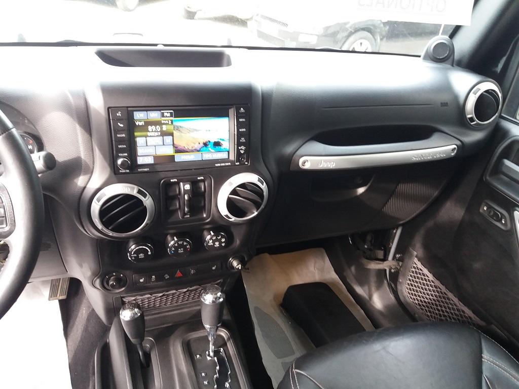 Jeep Wrangler Unlimited 2.8 CRD DPF Sahara Aut (10)