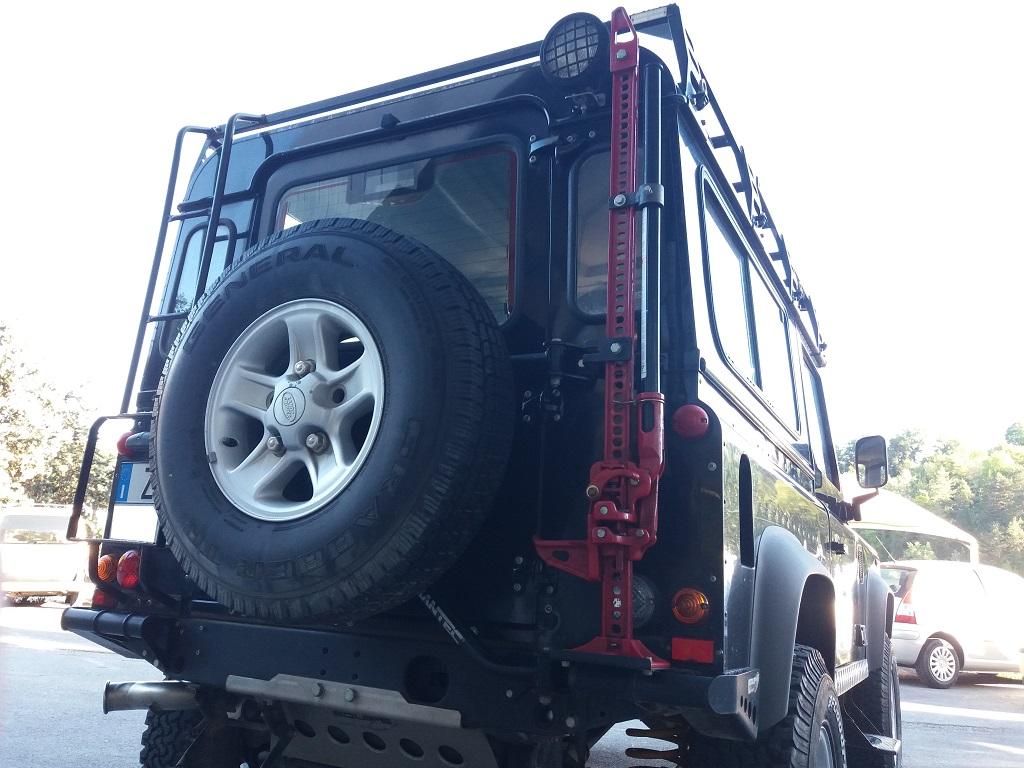 Land Rover Defender 90 2.5 Td5 Station Wagon E (30)