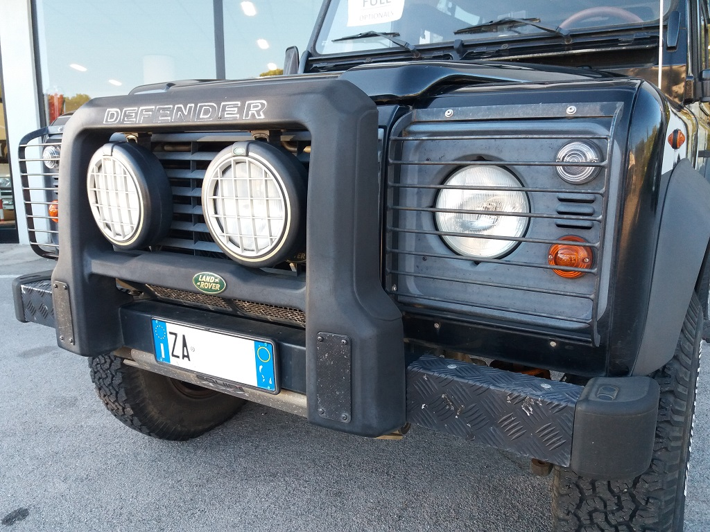 Land Rover Defender 90 2.5 Td5 Station Wagon E (35)