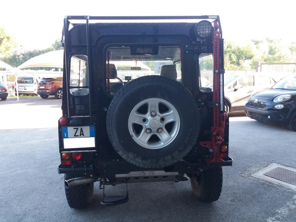 Land Rover Defender 90 2.5 Td5 Station Wagon E (4)