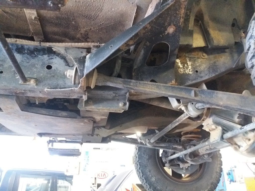 Land Rover Defender 90 2.5 Td5 Station Wagon E (67)