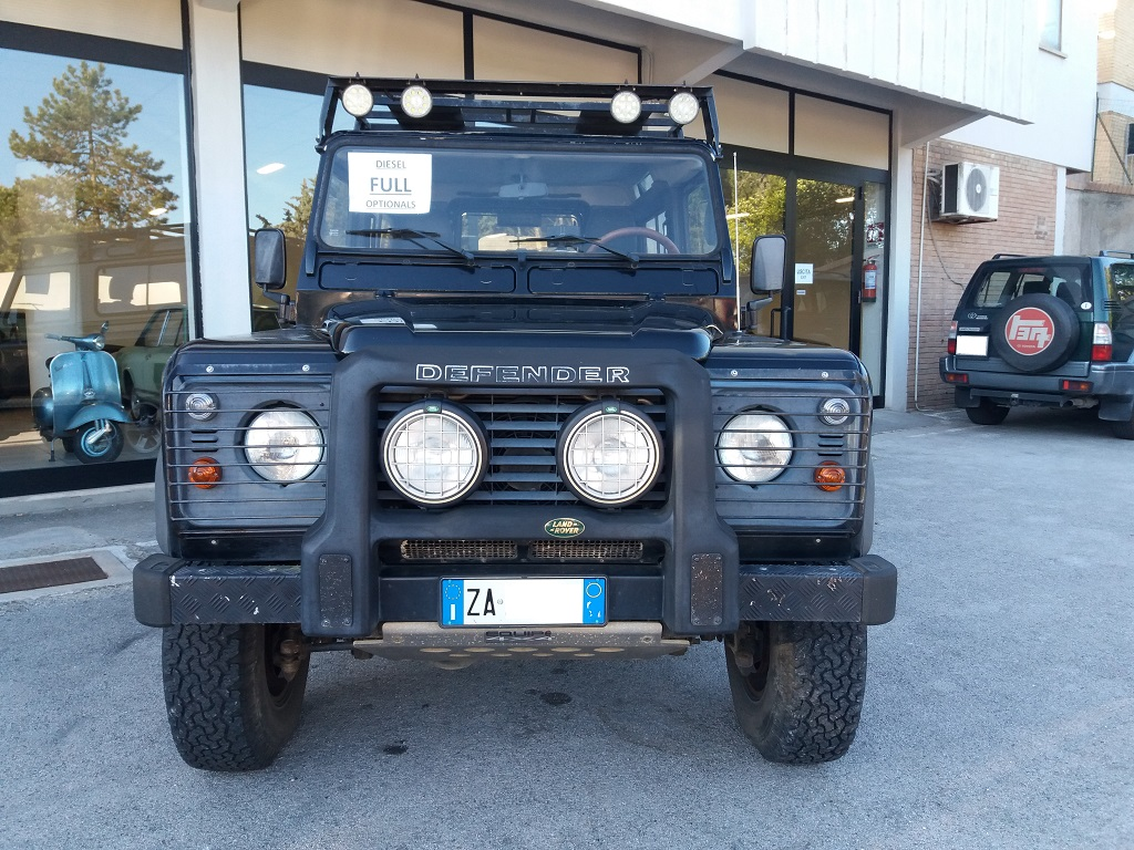 Land Rover Defender 90 2.5 Td5 Station Wagon E (7)