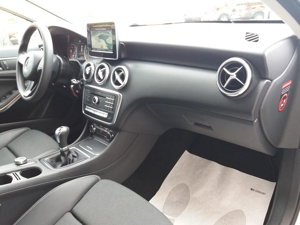 Mercedes-Benz A 160 Business (26)