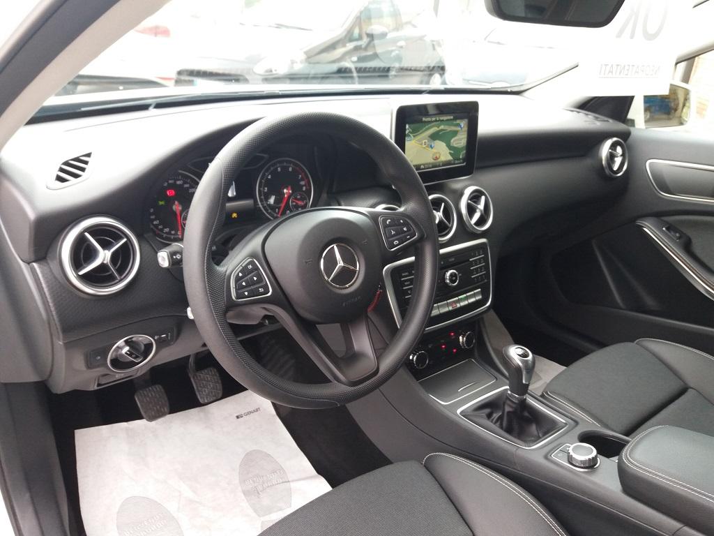 Mercedes-Benz A 160 Business (8)