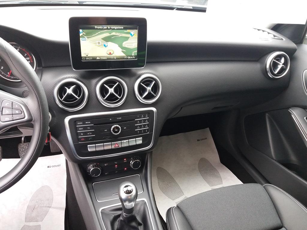 Mercedes-Benz A 160 Business (9)