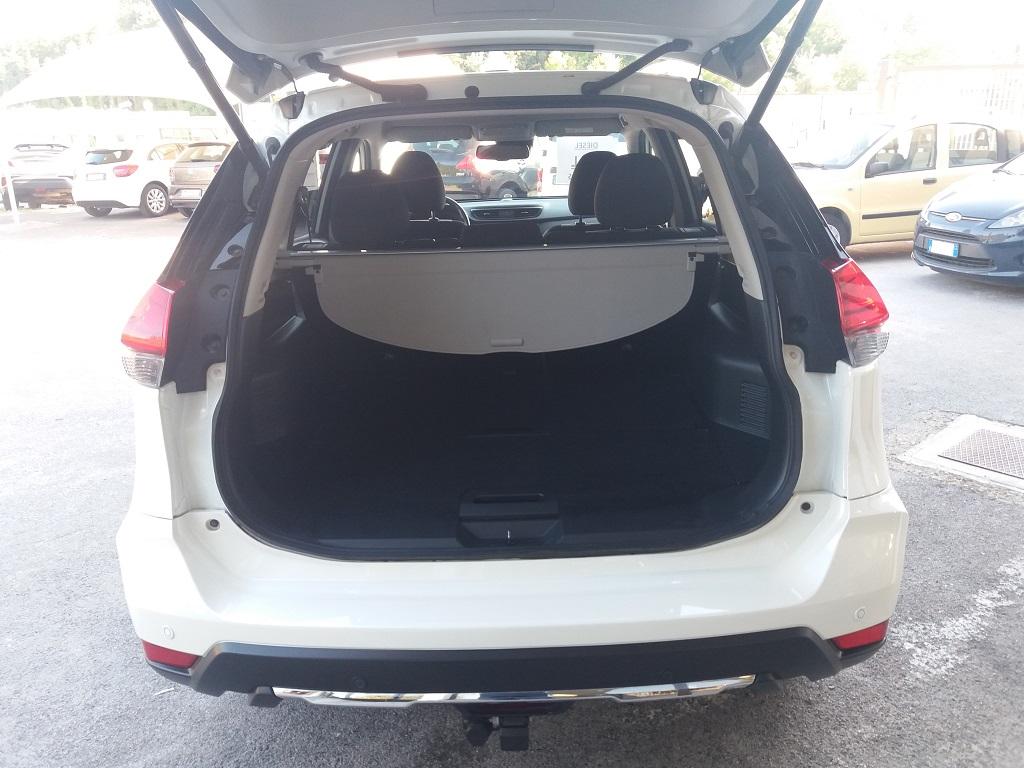 Nissan X-Trail 1.6 dCi 2WD N-Connecta (22)