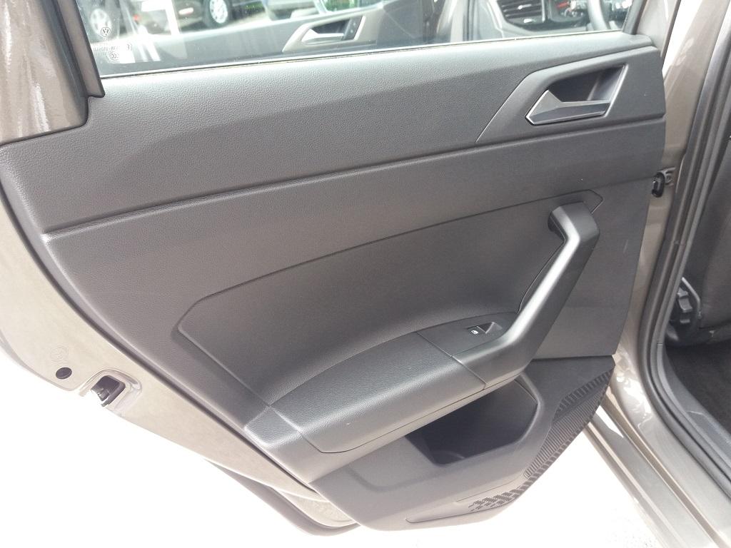 Volkswagen Polo 1.0 MPI 75 cv 5p Comfortline BlueMotion Technology (14)