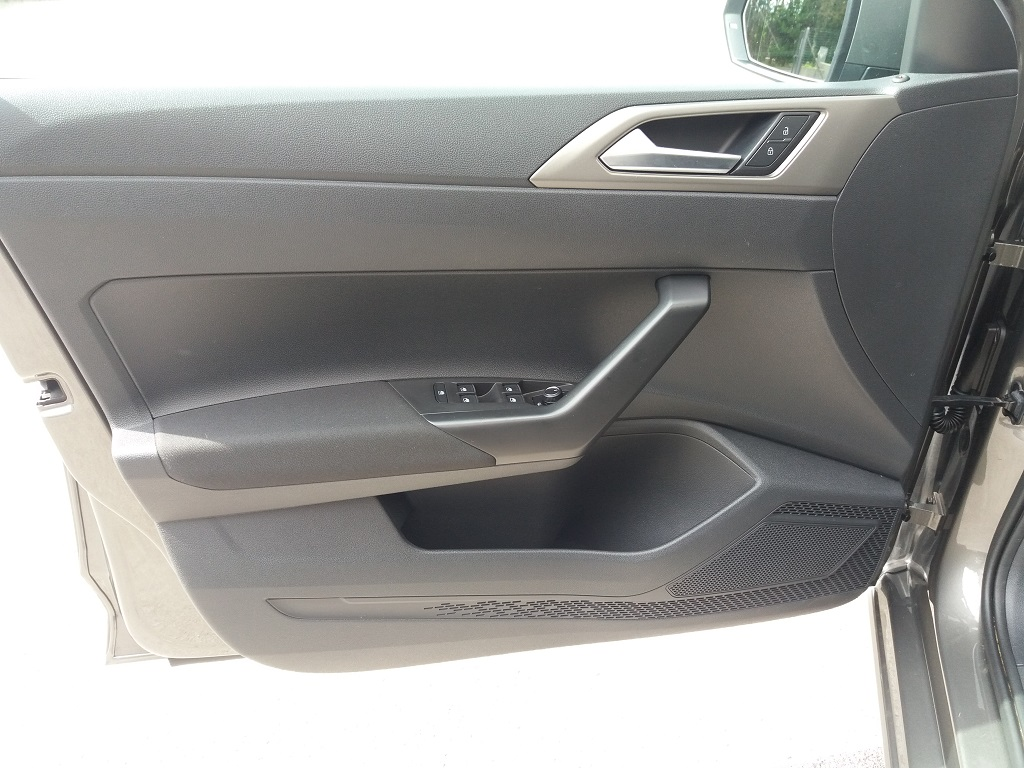 Volkswagen Polo 1.0 MPI 75 cv 5p Comfortline BlueMotion Technology (15)