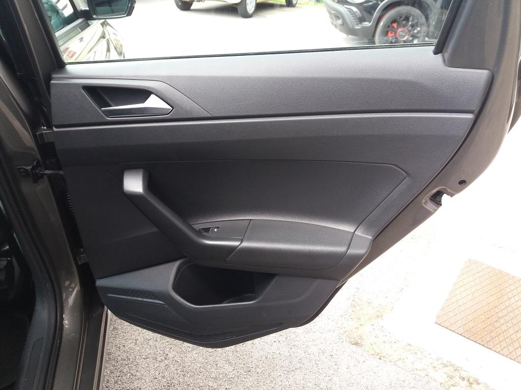 Volkswagen Polo 1.0 MPI 75 cv 5p Comfortline BlueMotion Technology (19)