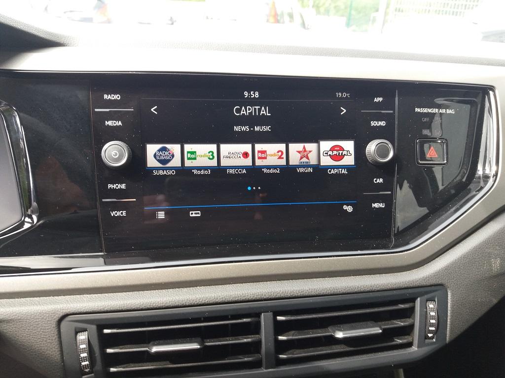 Volkswagen Polo 1.0 MPI 75 cv 5p Comfortline BlueMotion Technology (27)